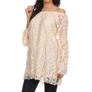 NWOT Lacey off the shoulder tunic top